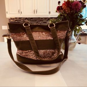 Olive green and rose gold tote ✨